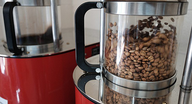 coffee-beans-are-tossed-and-heated-by-hot-air-in-a-fluid-bed-roaster-at-davids-roasting-in-point-loma_t658